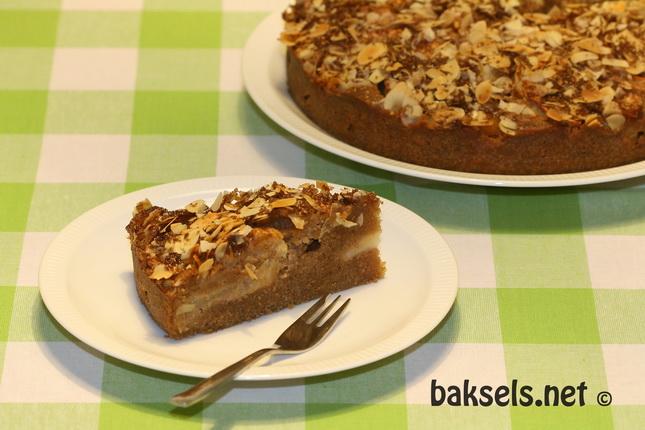 Appelcake met koekkruiden en amandelschaafsel