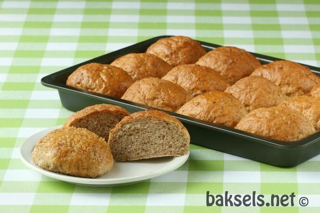 Breekbrood met appel, kaneel en walnoten