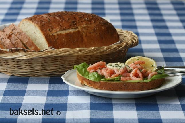 karwijzaadbrood_met_garnalen (2)