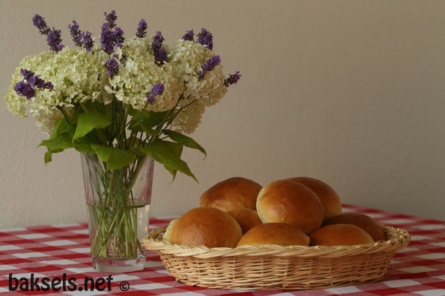 zachte_witte_broodjes (2)
