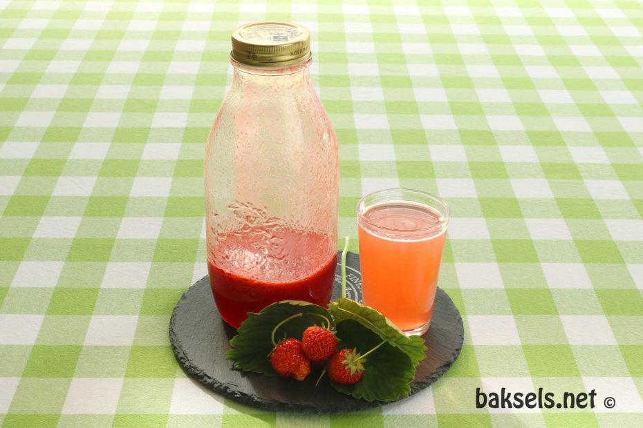 aardbeien limonadesiroop van echte aardbeien