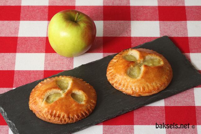 gevulde appelkoeken